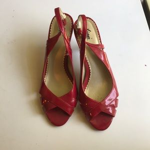 Vintage Fioni faux leather red kitten heels